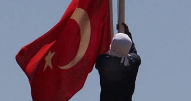 Bayrak indirilmesiyle ilgili flaş karar!