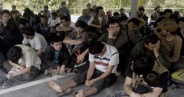 Binlerce Uygur ölümle burun buruna