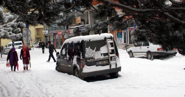 Karlı ve buzlu yollara dikkat