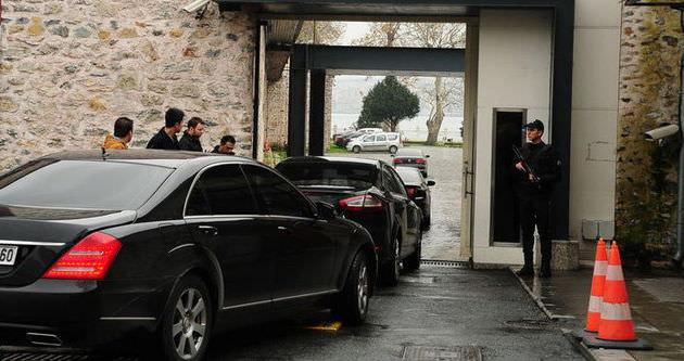 Başbakanlık ofisinde talihsiz kaza