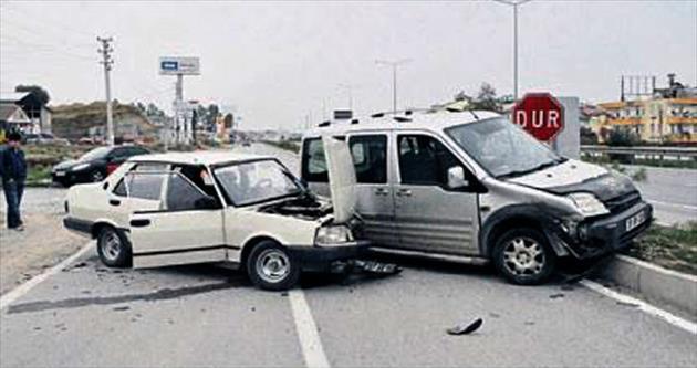 Dikkatsizlik yine kazaya neden oldu