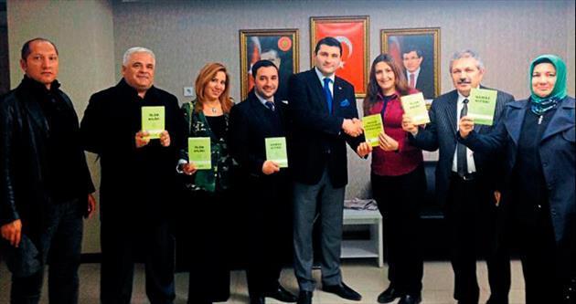 AK Parti Çankaya İlçe'den takipçilere kitap hediyesi