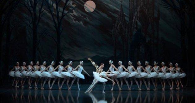 Petersburg balesi İstanbul'da sanatseverlerle buluşacak