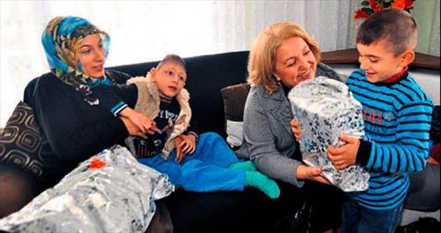 Kevser anneden minik Eyüp'e moral