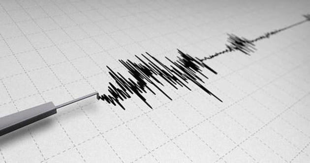 Ege'de 5,1'lik deprem!