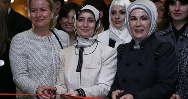 Sare Davutoğlu ve Emine Erdoğan şizofreniye dikkat çekti
