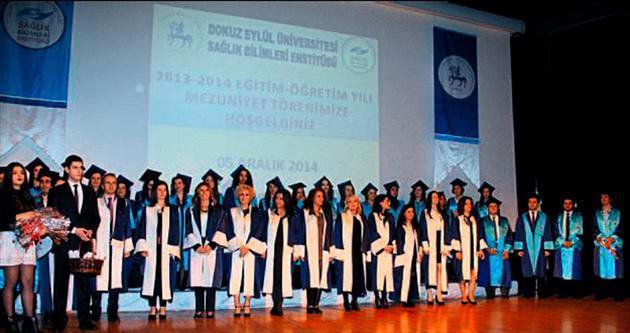 DEÜ Sağlık Bilimleri 72 öğrenci mezun etti