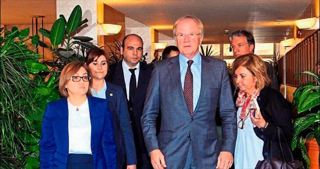 Başkan Şahin'den büyükelçiye teşekkür