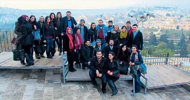 Üniversitelilerden Göbeklitepe gezisi