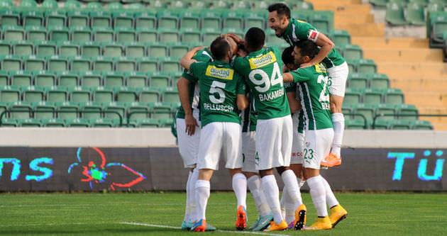 Bursaspor, Paşa'ya gol yağdırdı