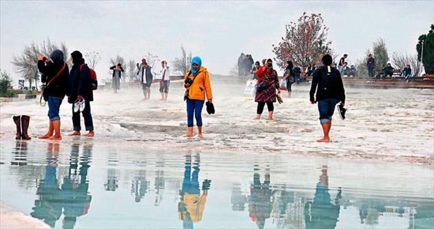 Pamukkale yılbaşında turistle dolup taşacak