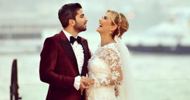 Ece Erken ile eşi Serkan Uçar düğün yaptı