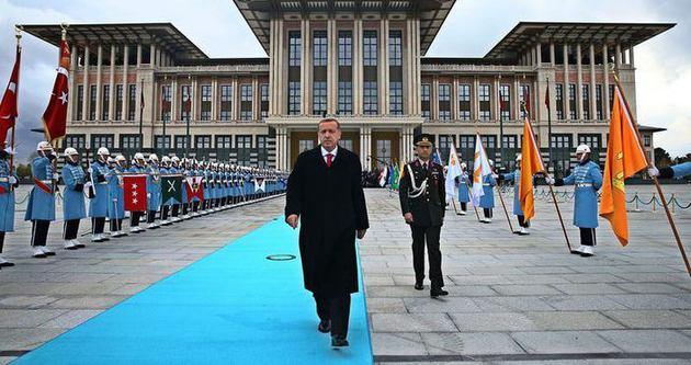 Hilal Kaplan: O saray Erdoğan'ın tapulu malı değil