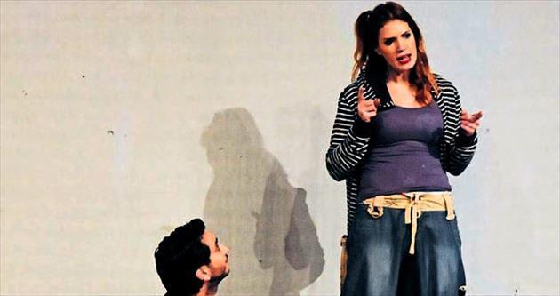 1. Tiyatro Festivali Antalya'da başladı