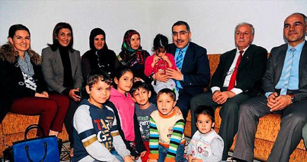 Başkan Çelikcan'ın ev ziyaretleri sürüyor