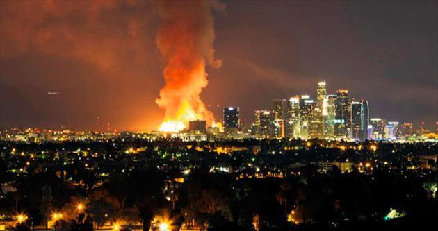 Los Angeles'ı kundakladılar