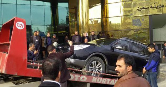 Siirt'te makam aracına saldırı!
