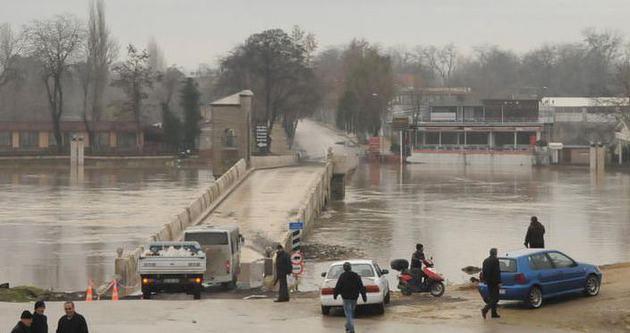 Edirne'de bir mahalle hapsoldu
