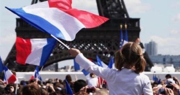 11 milyon Fransız güvende hissetmiyor