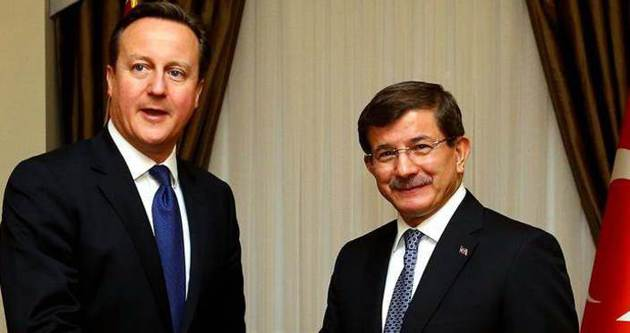 Davutoğlu ile Cameron'dan basın toplantısı