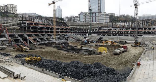 Vodafone Arena'nın çatı inşaatına başlandı