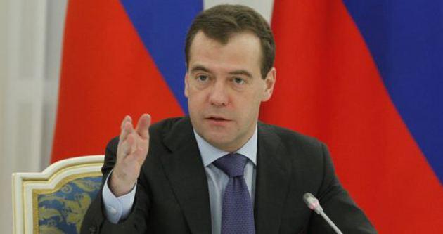 Medvedev AB'ye meydan okudu