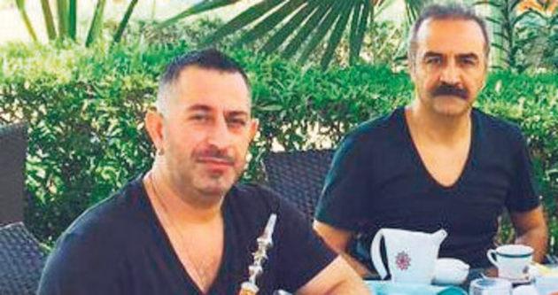 Cem Yılmaz ile Yılmaz Erdoğan'ın Dubai'de nargile keyfi