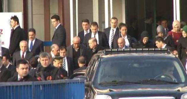 Cumhurbaşkanı Erdoğan Üsküdar'da nikaha katıldı