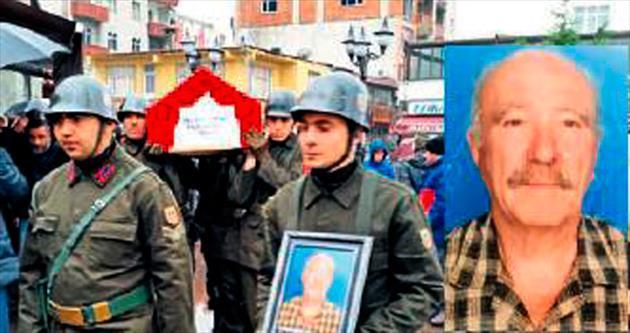 Özgen'in babası için askeri tören