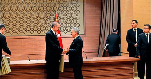 Demirtaş'tan Cumhurbaşkanı'na İzmir daveti