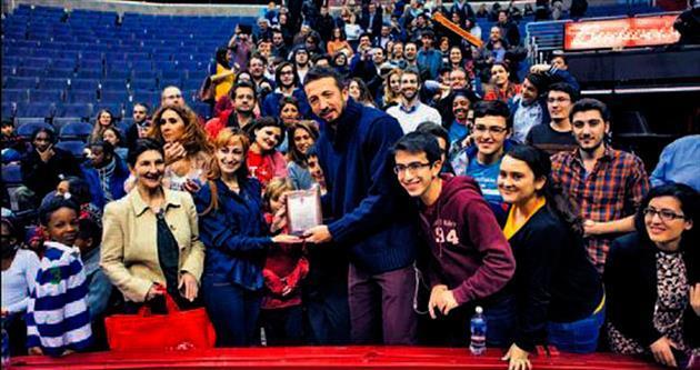 Hidayet'li NBA maçında Türk gecesi