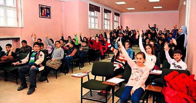Mamak Çocuk Meclisi başkanını seçti