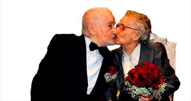 Facebook sayesinde 70 yıllık aşkıyla evlendi