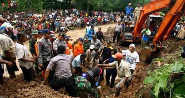 Endonezya'daki heyalanda 24 kişi öldü