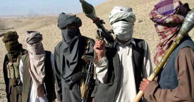 Taliban'dan okula kanlı baskın!