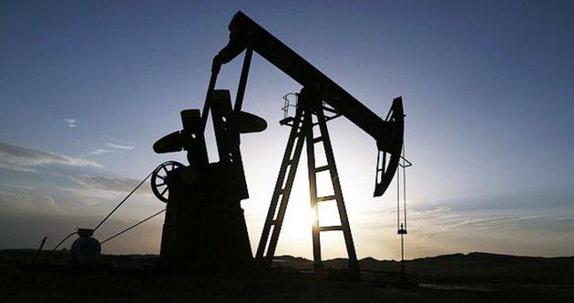 Brent petrolü 5.5 yıl sonra 60 doların altına indi