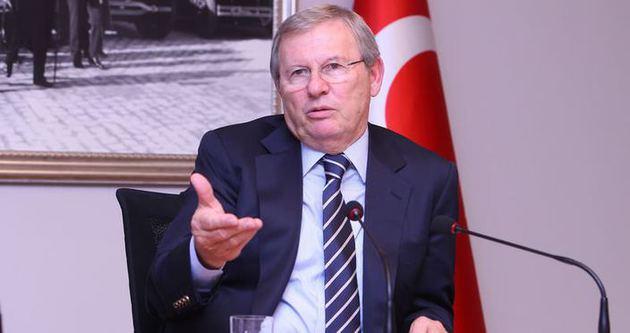 Zekeriya Alp istifa eti