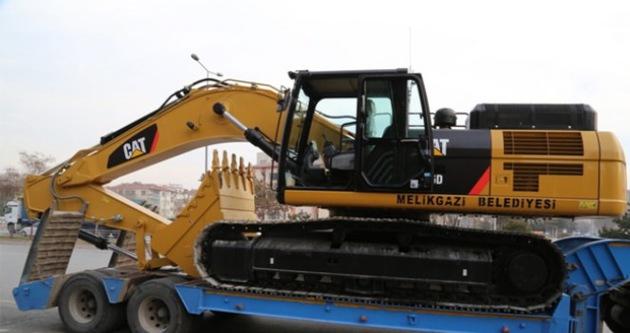 270 bg gücünde 37 tonluk ekskavatör