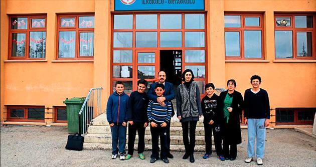 Başkan Duruay okul ziyaretinde
