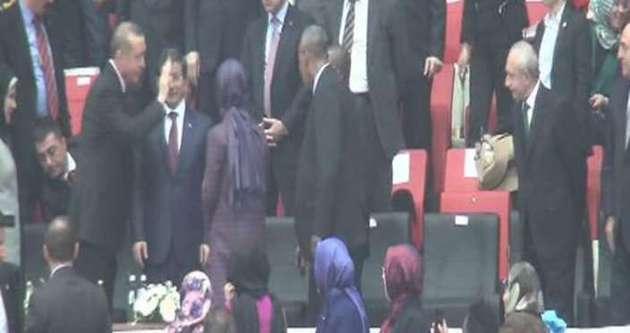 Erdoğan, Kılıçdaroğlu'na el salladı!