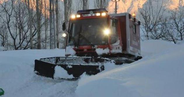 Van'da 10 kişi donmaktan son anda kurtarıldı