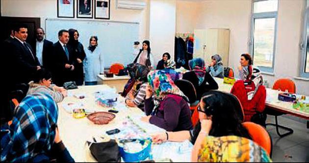 Başkan Çetin'den hanımlara ziyaret