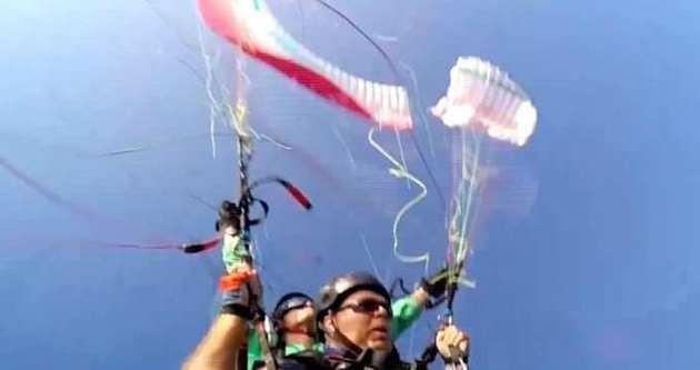 Havada dehşet anları: Paraşüt ikiye ayrıldı