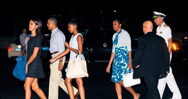 Obama ailesi tatile çıktı