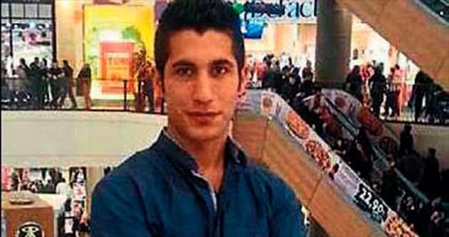 Bıçaklı saldırıya uğrayan genç öldü