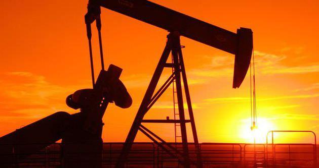 Suudi Arabistan petrolde resti çekti