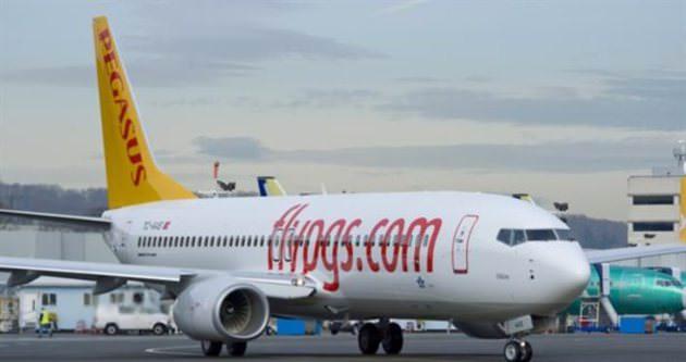 İstanbul uçağında makineli tabanca alarmı
