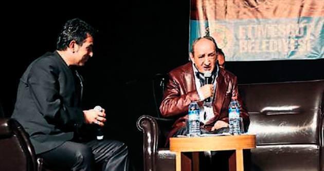Cemal Safi'den şiir ve türkü gecesi