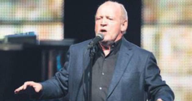 Efsanevi İngiliz şarkıcı Cocker öldü