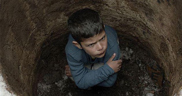 Kutluğ Ataman'ın Kuzu filminin vizyona girişi ertelendi